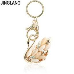 Bolsas cisne on-line-Encantos JINGLANG cor do ouro lagosta fecho metálico Chaveiro Dangle Opal Cristal Swan Chaveiros For Women Handbag Jóias