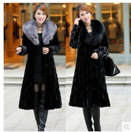 Wholesale womens long fox coats - Womens Winter And Autumn Large Size Black Faux Fox Fur Coats Long Section Turn Down Collar Man-Made Fur Overcoats Clothes C26