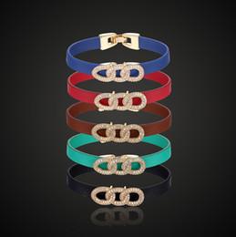 pulseiras de cobre de couro Desconto Theresa couro com peças de cobre zircão micro pave configuração pulseira corrente estilo Fold Over Fecho bangle moda jóias