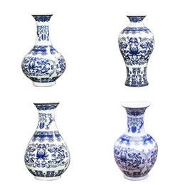 Wholesale ceramic vase blue - Wall Mounted Traditional Chinese Blue And White Porcelain Vases Painted Ceramic