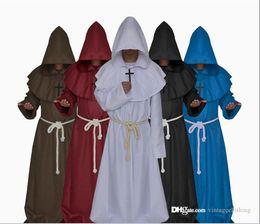 Cape noire pour hommes en Ligne-Halloween Party Festival manches longues Cosplay Costume À Capuche Noir Blanc Cape Cape Priest Hommes Pour Hommes