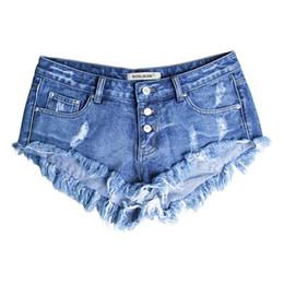 Jeans sexy delle ragazze della vita bassa online-Shorts in denim con foro stile boyfriend nappa pantaloncini a vita bassa da donna blu 2017 estate sexy plus size jeans donna ragazza calda