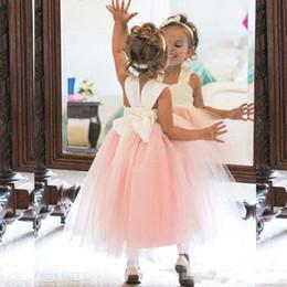 2018 Cute Flower Girl Dresses Princess Ivory White Light Pink Puffy Tulle Abiti formali per matrimoni Lunghezza caviglia Ragazze Wear da