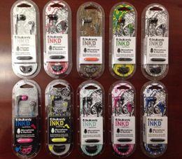 Красочные NKD 3,5 мм наушники с глубоким басом Наушники с микрофоном для iPhone 5S 6 6S Plus для Samsung S8 S7 Note8 с розничной упаковке от Поставщики розовые наушники apple