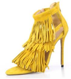 Estilo de verano de la borla de gamuza sandalias de mujer tacones delgados de nuevo vestido con cremallera zapatos de fiesta para mujer y niña gris amarillo bombas desde fabricantes