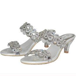 2018 Newwest Design été sandales femme luxe Stiletto pantoufles 2 pouces confortable moyen talon formelle robe chaussures argent ? partir de fabricateur