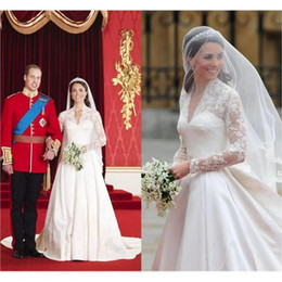 Wholesale kate middleton dressing gown - Retro Kate Middleton Wedding Dresses A Line Princess Sheer Long Sleeves V-Neck Lace Embroidery Satin Bridal Gown