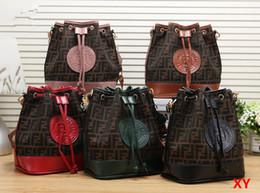 bolsas de embrague ocasionales Rebajas Famose Marca Para Mujer Bolsa de Lujo Bolsos de Cuero Shell Hilo Señoras Clutch Diseñador Bolsa Sac A Principal Femme Bolsas Mujeres Stote Monedero