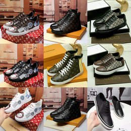 Wholesale pretty prints - 2018 NEW Luxury Casual Shoes Black Designer Comfort Pretty Mens Shoes Casual Leather Shoes Men Women Sneakers Top Quality