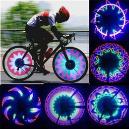 32 luci di segnalazione a led Sconti Lato 32 LED 32 modalità notte impermeabile ruota segnale lampada riflettente Rim arcobaleno pneumatico bici bicicletta a raggio fisso avvito luce