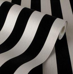 Полосатые обои металлические онлайн-Полосатый стекались обои крем серебристый металлик текстурированные стекаются бархат полосы полосатый стекались обои крем серебристый металлик текстурированные