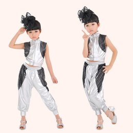 Wholesale hip hop suits girls - Children Hip Hop Performance Clothing Sets Girls Jazz Modern Dancewear Costumes Kids Silver Short -Sleeve Suits Outfits