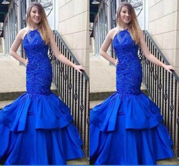 Wholesale good quality prom dresses - Good Quality Halter Neck Evening Dresses 2018 Sleeveless Lace Appliques Beaded Long Prom Dresses For Formal Wear