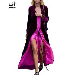 Abrigo largo de terciopelo púrpura online-AIMENUNU Terciopelo Púrpura X-largo Trench Coat Otoño Invierno 2018 Moda de Lujo Abrigos largos Kimono Cardigan Más Tamaño
