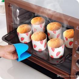 Cuisine Silicone Gants Résistant À La Chaleur Clips Isolation Anti-Adhésif Support De Pot Anti-Drapant Cuisson Cuisson Four Mitaines De Cuisine Outils ? partir de fabricateur