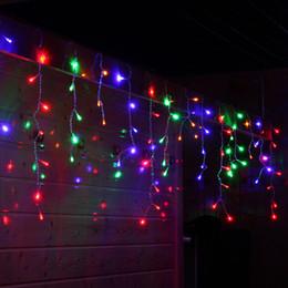 Canada En gros 10 mx 0.5 m Droop 0.3-0.5 m 320 LED Icicle String Light Noël de noël décoration de fête Neige Rideau Lumière 10 pcs / lot cheap icicle led lights wholesale Offre