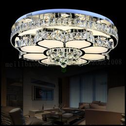 Lampade da soffitto minimalista online-Nuova lampada rotonda di cristallo Lampada di soggiorno moderna minimalista atmosferica lampada da soffitto a LED creativa illuminazione ristorante camera da letto