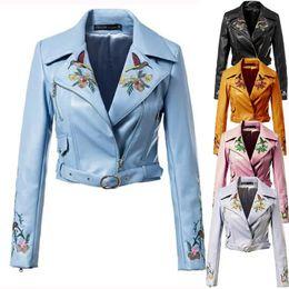 Schwarze graue lederjacke online-Grau blau schwarz rosa gelb kurze gestickte Lederjacke Frauen beschnitten Biker Jacke mit Stickerei
