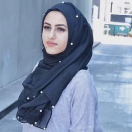 2019 scialle di colore perla Sciarpa di seta scialle per conto Bali filato di colore puro perla borsa testa sciarpe scialli hijab musulmano capo avvolgere headwear all'ingrosso WN098 scialle di colore perla economici