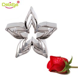 cake molds biscuit Promo Codes - Delidge 4pcs set Roses Calyx Flower Cake Decorating Molds Stainless Steel Biscuit Fondant Cookie Cutter Wedding Baking Tools