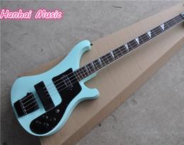 cordas azuis de baixo Desconto Personalizado 4 cordas Bass Guitar com Sky Blue Color, capa protetora, Hardware preto e Pickguard e pode ser personalizado
