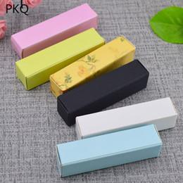 pequena embalagem de perfume Desconto Caixa de papel kraft preto Pequeno papel kraft caixa de papelão Batom Cosméticos Garrafa de Perfume Caixa De Embalagem De Óleo Essencial, 50 pcs