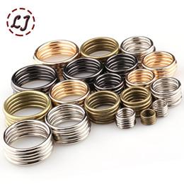 Argentina Venta al por mayor 20 unids / lote 40 mm / 50 mm negro bronce oro plata círculo anillo de conexión de aleación de zapatos de metal bolsas hebillas de cinturón DIY Suministro