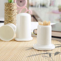 Wholesale White Ceramic Dinnerware - 2pcs pack White China Bone tooth pick holders desktop cute bear decor ceramic toothpick bottle dinnerware wedding party gifts