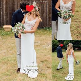 Wholesale Images Figures - Back & front V-cleavage feminine & tall figure wedding dress macrame lace subtly bridal gowns highlights waistline elegant back bride wear
