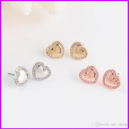 Wholesale Famous K - Studded M*K letter stud earrings m series Heart-shaped diamond earrings three color selection for woman famous luxury brand Stud