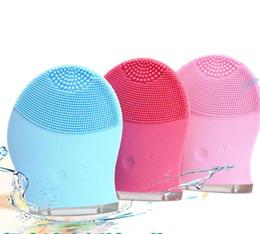 Elektrische Gesichtsreiniger Vibrieren Pore Clean Silikon Reinigungsbürste Massagegerät Gesichts Vibration Hautpflege Spa Massage 3 Farben von Fabrikanten