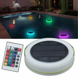 Wholesale control floats - RGB LED Underwater Light Solar Power Pond Outdoor Swimming Pool Floating Waterproof Decorative LED Light With Remote Control
