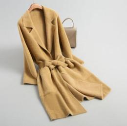 suéter cardigan de encaje negro Rebajas Lujo largo Mink Cardigan Feminino Suéter de las mujeres con cordones de bolsillo de manga larga de las mujeres Chaquetas de invierno Collar de la solapa Amarillo Negro