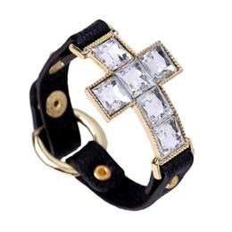 Deutschland Kreuz Leder Armband Strass Kreuz Charme Punk Armband Herren und Damen Armband Großhandel supplier rhinestone cross leather bracelet Versorgung
