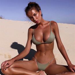 Mulheres sexy bikini bottoms on-line-Femme Fatos De Banho Biquíni Mulher Swimsuit Senhora Swimwear Com Halter Strap Inferior Sexy Monokini Brasileiro Biquinis Acolchoados 21cs V