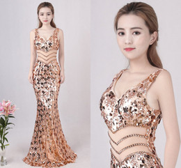 Wholesale jersey knit evening gowns - New Cheap Gold Sequins Long Evening Dresses 2018 Deep V-Neck See Through Beads Long Prom Dresses Celebrity Party Gowns Vestido De Festa