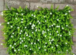 Adornos de flores de jardín online-Fake Plant Wall Lawns Alfombra Decorar Artificial Flower Plantación verde Eucalyptus Greensward Garden Decor House Ornaments 12 5jy jj