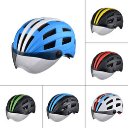 супер легкий велоспорт шлем Скидка Высокое качество супер свет Велоспорт шлем с легкими ветрозащитный очки дорога горы MTB Ciclismo