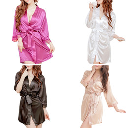 Women s Short Kimono Style V-Neck Sexy Bathrobe Plain Dressing Gown Bridal  Party Robe Plus Size Hot Sale 2018 7ec4e654ec26