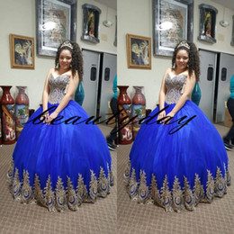 Royal Blue Quinceanera Vestidos 2019 Vestido de fiesta modesto Corset Sweet 16 Vestido de bola Tulle Encaje de oro Impresionantes vestidos debutantes Vestidos De 15 desde fabricantes
