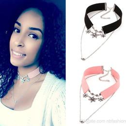 Schwarzer diamantstift online-2016 European Heat Pin Breite Black Flannelette Halskette mehrstöckige Diamond Flower Kette Pullover Halskette Anhänger Produkt