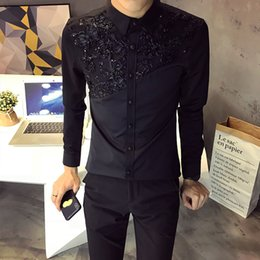 a2acc6303dc 2018 autumn new Korean men s long-sleeved shirt lace stitching men s trend  casual hair stylist shirt