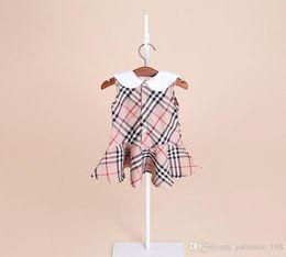 Vestidos estilo europeu meninas on-line-2 cores 2018 europeus e americanos de verão NOVA chegada Meninas Crianças de algodão Puro estilo Britânico saia crianças menina Lótus Folha lapela vestido navio livre