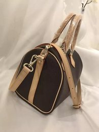 Wholesale Brand S Handbags - Man Woman real leather genuine handbag Totes With long strap Messanger Size S M L Famous brand Luxury Fashion Shopping Travelling bag.
