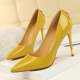 Wholesale women sexy business - D Letter High Heels Lady Dress Shoes Sexy Clubwear Women Pumps Heels Festival Party Wedding Shoes Business Formal Pumps Heels GWS340