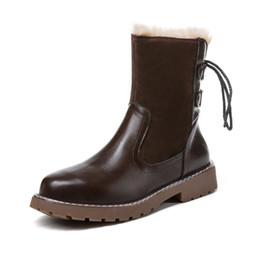 Botas de cowboy quentes on-line-Atacado Lazer Plush Mid Bezerro Inverno Cowboy Botas de Couro Das Mulheres Botas de Cowboy Corss Strap Pele Quente Botas de Neve Senhoras