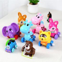 Pequenos animais de brinquedo on-line-Variedade de bonito dos desenhos animados animais relógio de brinquedo do bebê do bebê aleta rastejando cadeia brinquedo cor aleatória novo peculiar criança puzzle pequeno brinquedo