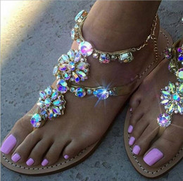 Wholesale Solid Flat Gold Chains - 2018 Woman Sandals Fashion Beach Flip Flops Rhinestones Chains Thong Gladiator Flat Sandals Crystal Chaussure Plus Size 34-46 Summer Shoes