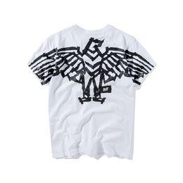 2018 Estate New Fashion Boy London Tee in cotone di alta qualità manica  corta da uomo traspirante donne Boylondon designer casual T-shirt all aperto def636b69b1