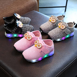 Wholesale Owl Shoes - Kids LED Light Shoes Boys Girls Owl Casual Shoes 2018 Baby Infant Boy Girl Sneakers Kids Sports Shoes for Chinldren Size 15-25 D408